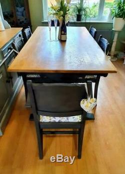 Beautiful Old Charm Kitchen Dining Table and 6 Chairs inc 2 Carvers Shabby Chic