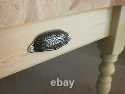 Lovely French Inspired Country Pine Farmhouse Kitchen/Dining Table Shabby Chic