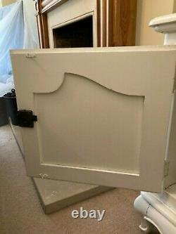 Provençale antique white 2 door French dresser shabby chic French sideboard