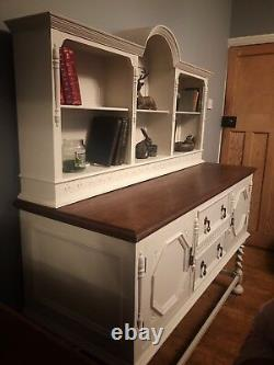 STUNNING SOLID OAK SIDEBOARD / DRESSER / CABINET. Shabby Chic NOW REDUCED