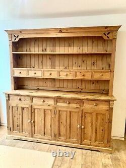 Stunning solid wood pine shabby chic/country kitchen welsh dresser beautiful