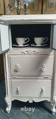 Vintage Painted French Linen/Kitchen cupboard Shabby Chic CAN ARRANGE COURIER